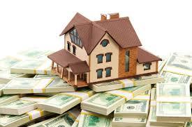 Casa em cima de notas de dólares - simulando o lucro