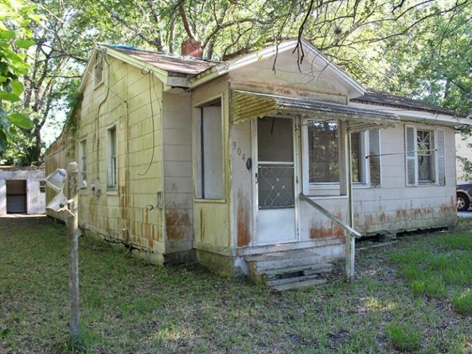 WESTWOOD PARK 3040 W 5TH ST, JACKSONVILLE, FL 32254