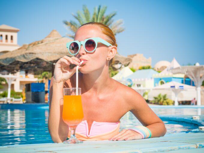 Restaurante e Pool Bar em Resort