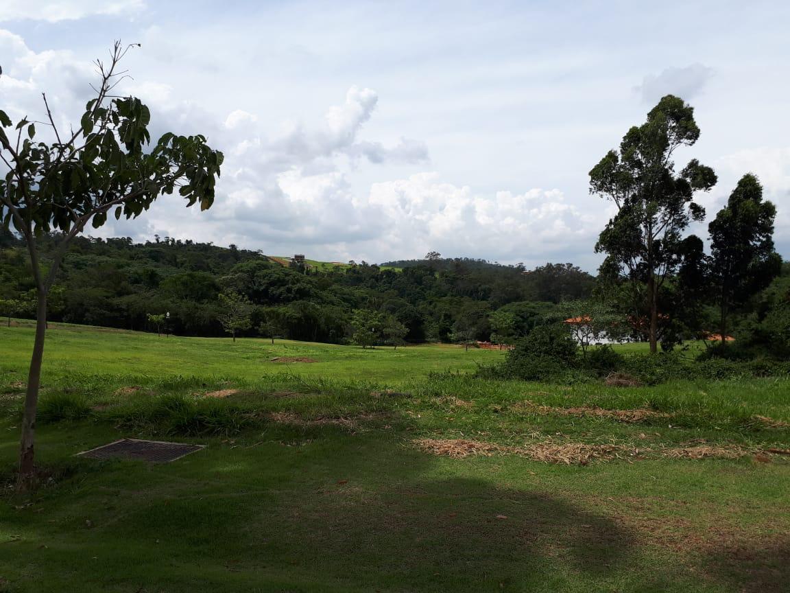 BRA – Terreno no Condomínio Serra Azul – SP